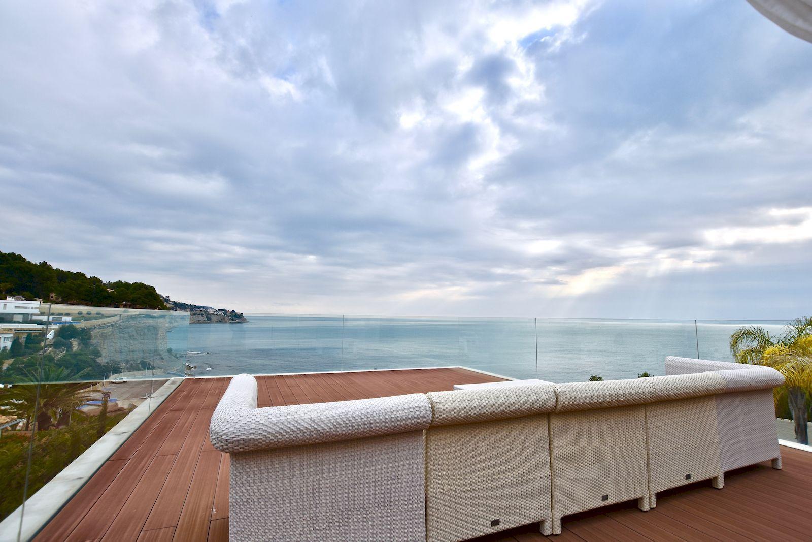 Villa de Nueva Construcción en Primera Linea de Mar - Benissa - Costa Blanca