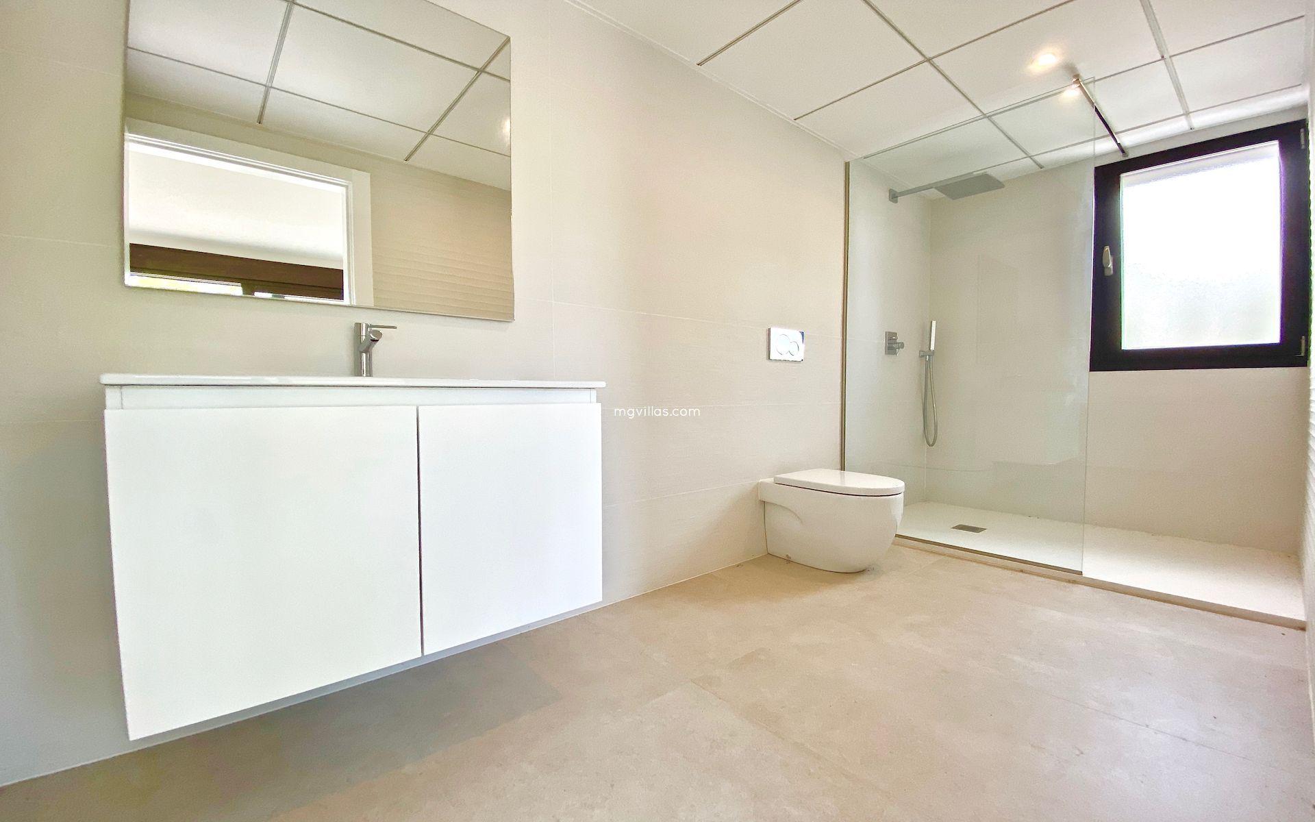 Villa Moderna de Nueva Construcción a la Venta en Javea - Costa Blanca