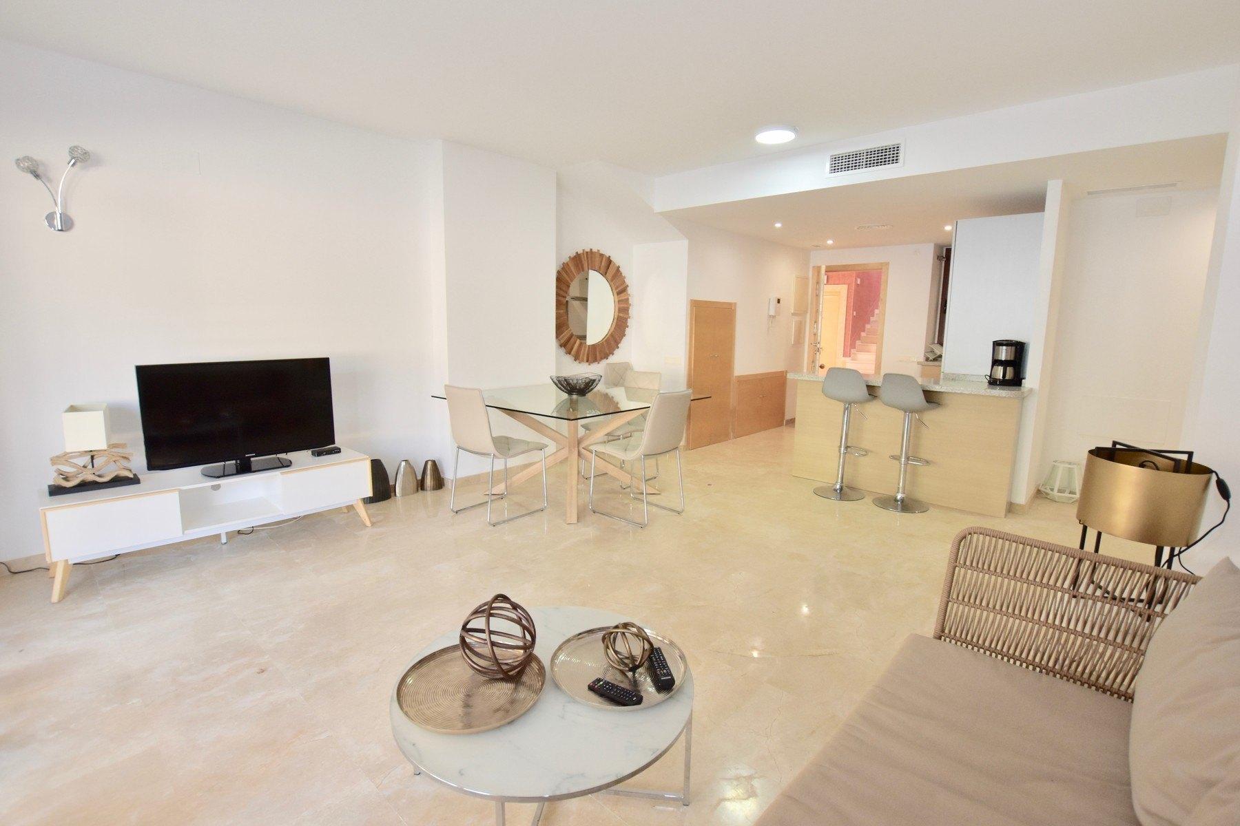 Precioso apartamento de 2 habitaciones en urbanización Jardines de Montemar en Moraira - Costa Blanca