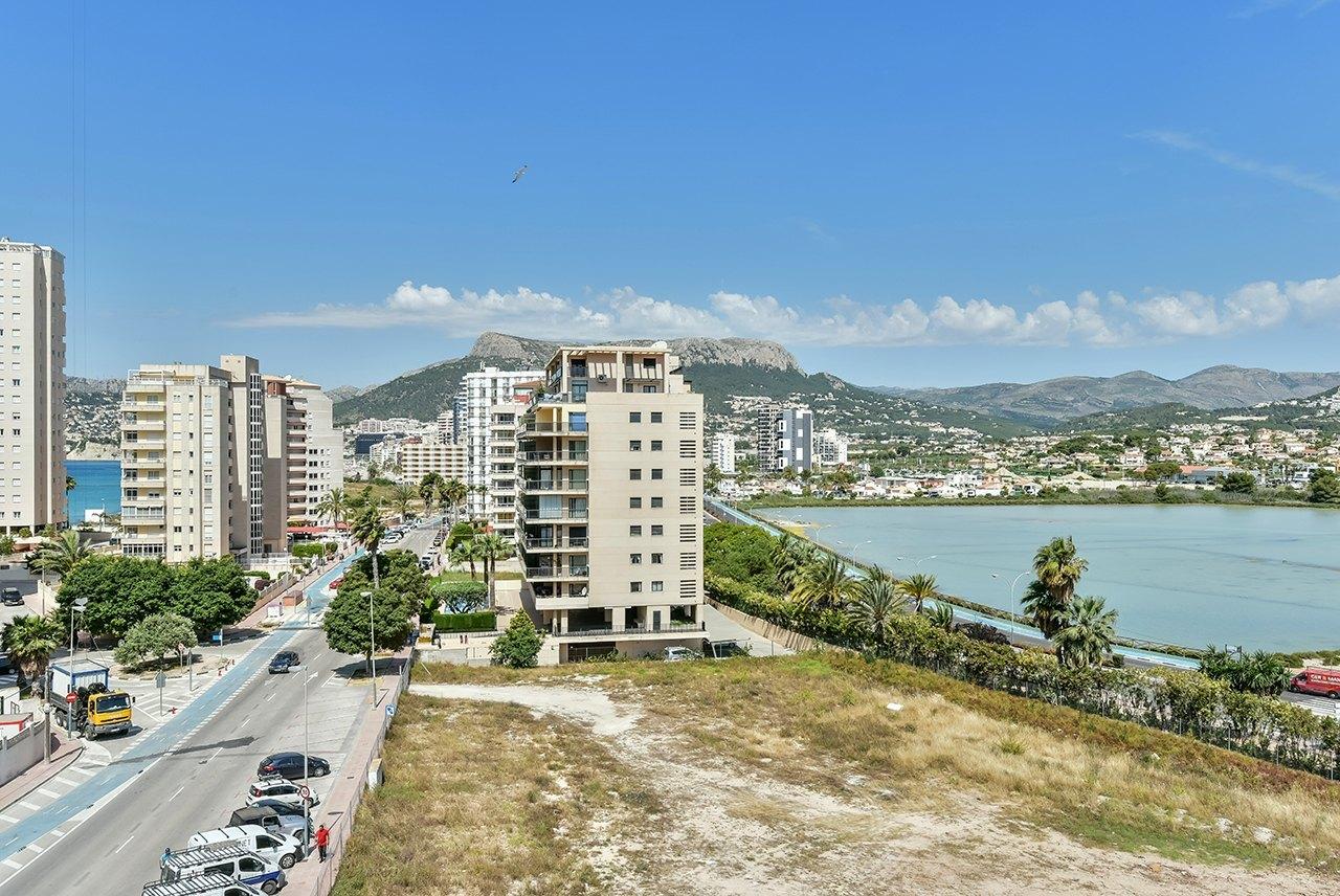 Apartamento a la venta de obra nueva en Calpe con vistas al mar - Costa Blanca